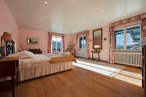 domaine-de-la-baronne-old-world-charm-in-private-estate-just-outside-crans-montana-4