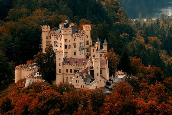 Hohenschwangau-Castle-9