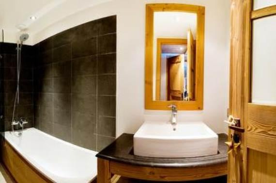 holiday-teasing-impressive-annecy-suite-in-la-plagn-paradiski-france-11