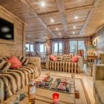 Holiday Teasing: Impressive Ski Chalet / Chalet Chopine on the French Alp