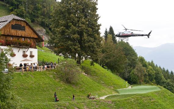 italys-best-ski-chalet-san-lorenzo-in-touch-with-the-charming-italian-landscape-23