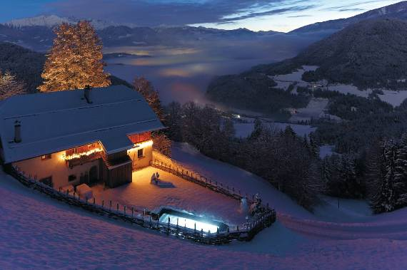 italys-best-ski-chalet-san-lorenzo-in-touch-with-the-charming-italian-landscape-5