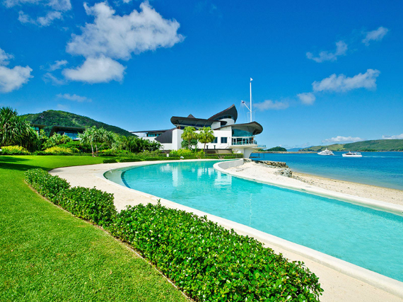 Luxury Yacht Club Villa 6 Blending in With Sea Waters Hamilton Island, Queensland, Australia (5)