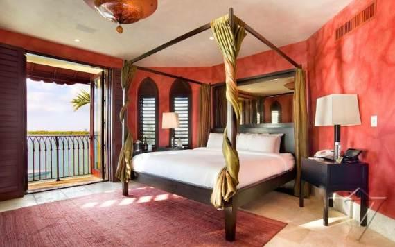 the-luxurious-jasmine-villa-hotel-in-miami-florida-53
