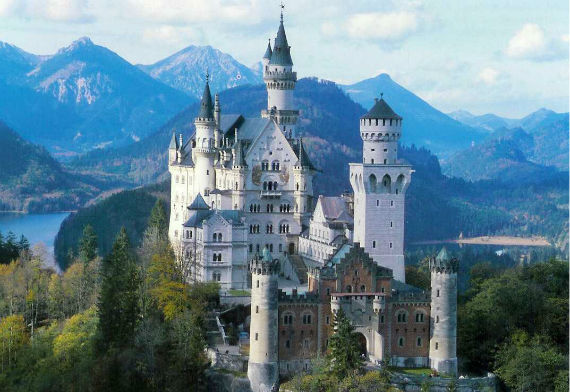 The Swan King's Castles Neuschwanstein– Germany .