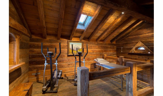 Chalet Druchka, Luxury Vacation Chalet Rental Meribel, France (13)