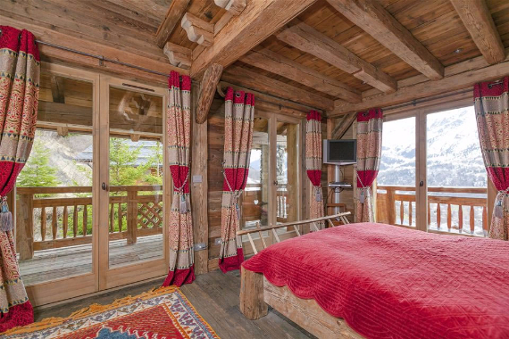 Chalet Druchka, Luxury Vacation Chalet Rental Meribel, France (30)