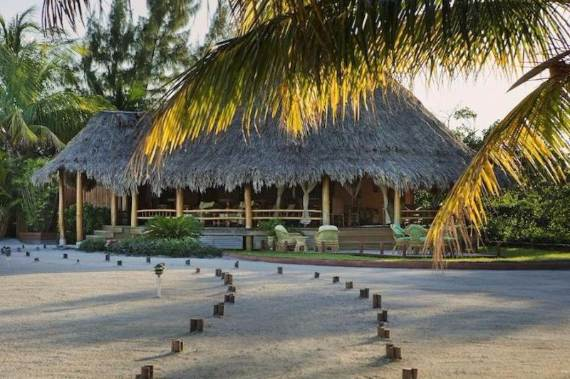 get-swept-away-on-royal-belize-private-island-only-a-few-hours-away-11