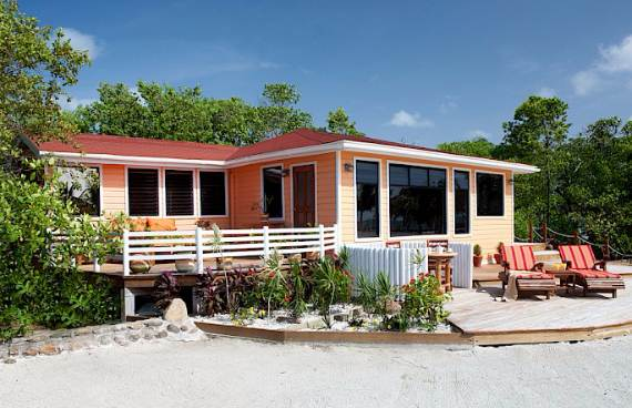 get-swept-away-on-royal-belize-private-island-only-a-few-hours-away-4