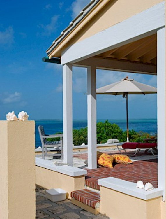 Living Large Within a Natural Paradise The Little Whale Cay in Bahamas (8)