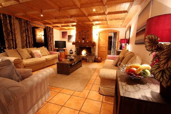 luxurious-ski-retreat-offering-mesmerizing-views-chalet-iamato-meribel-france-6