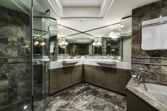 luxury-in-every-detail-extraordinary-opera-house-cbd-sydney-australia-12