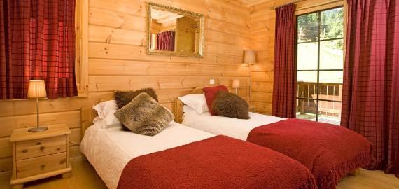 modern-holiday-home-chalet-johanna-tastefully-decorated-la-tania-11