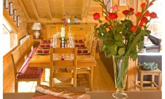 modern-holiday-home-chalet-johanna-tastefully-decorated-la-tania-7