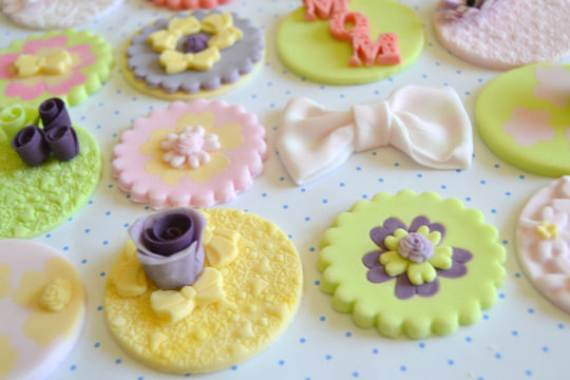 Mothers-Day-Cakes-And-Bakes-Decorating-Ideas-29