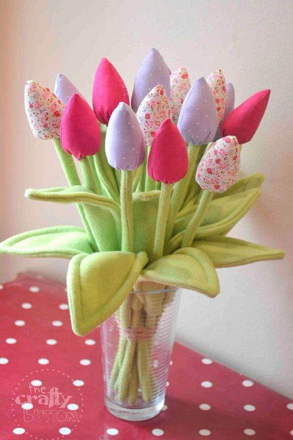 Simple-Spring-Flower-Arrangements-Table-Centerpieces-and-Mothers-Day-Gift-Ideas-12
