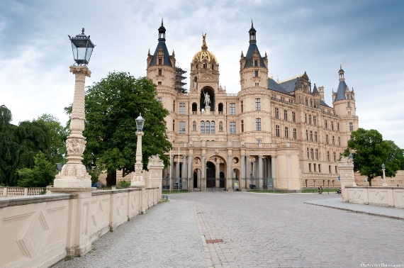 The Jewel Of Lake Schwerin- Schwerin Castle And Park (2)