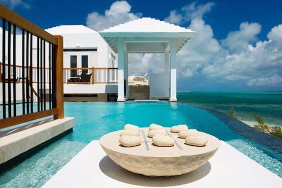 mothers-house-modern-holiday-ocean-villa-in-grand-turk-island-overlooking-the-caribbean-11