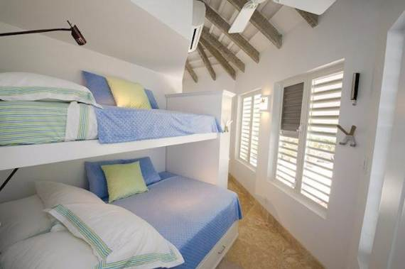 mothers-house-modern-holiday-ocean-villa-in-grand-turk-island-overlooking-the-caribbean-40