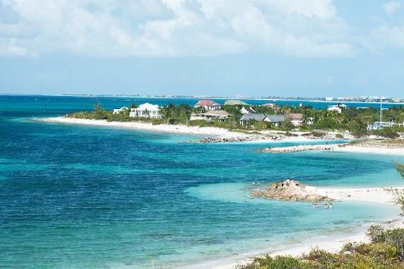 mothers-house-modern-holiday-ocean-villa-in-grand-turk-island-overlooking-the-caribbean-47