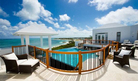 mothers-house-modern-holiday-ocean-villa-in-grand-turk-island-overlooking-the-caribbean-7