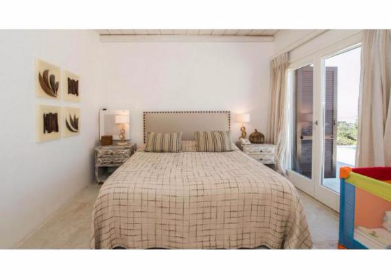 Villa Agi Lazro, One Of The Hidden Holiday Homes Of Mykonos Greece (29)