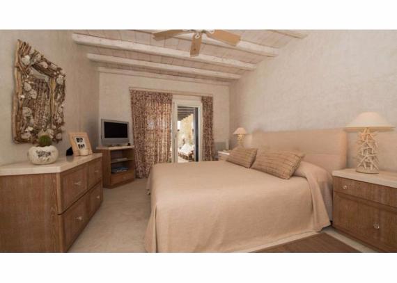 Villa Agi Lazro, One Of The Hidden Holiday Homes Of Mykonos Greece (37)