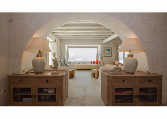 Villa Agi Lazro, One Of The Hidden Holiday Homes Of Mykonos Greece (38)