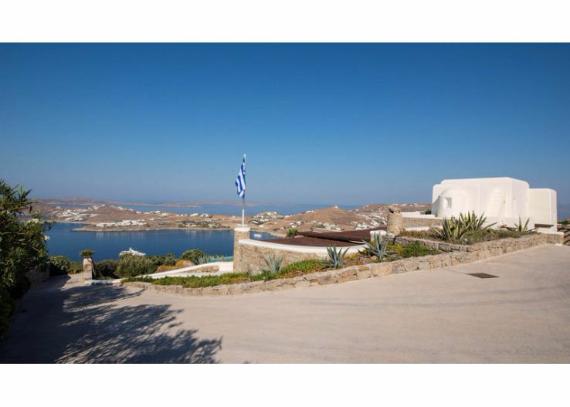 Villa Agi Lazro, One Of The Hidden Holiday Homes Of Mykonos Greece (39)