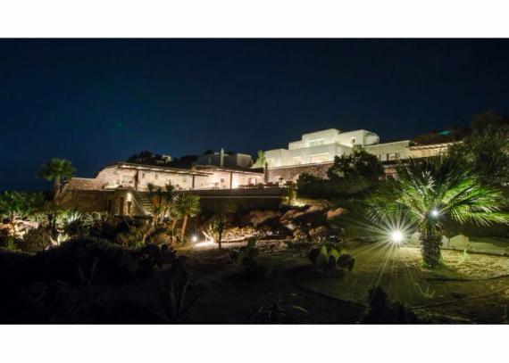 Villa Agi Lazro, One Of The Hidden Holiday Homes Of Mykonos Greece (9)