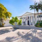 Villa Denise A Summer Waterfront Relaxing Villa Miami