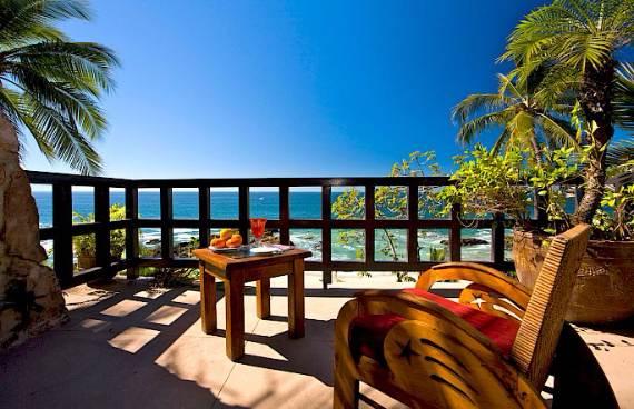 casa-septiembre-beachfront-mexican-luxury-paradise-12