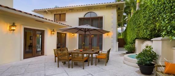 classy-and-elegant-miami-beach-villa-san-michele-14