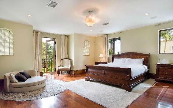 classy-and-elegant-miami-beach-villa-san-michele-18
