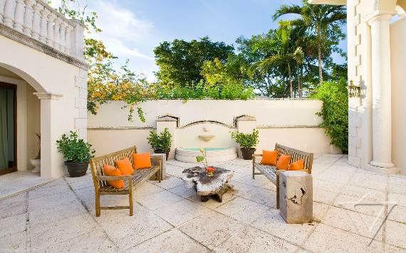 classy-and-elegant-miami-beach-villa-san-michele-8