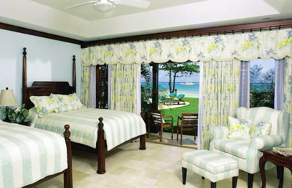 delightful-malatai-villa-displaying-an-elegant-caribbean-sea-view-14