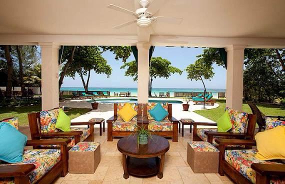 delightful-malatai-villa-displaying-an-elegant-caribbean-sea-view-3