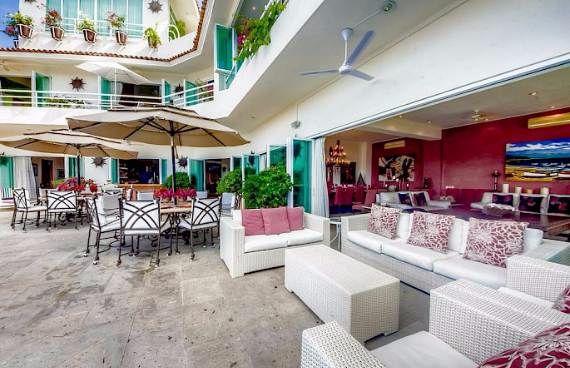 ideal-summer-get-away-chic-casa-yvonneka-villa-in-puerto-vallarta-mexico-38