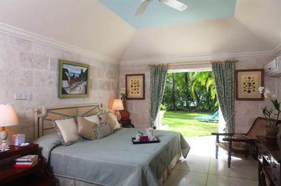 modern-heronetta-holiday-ocean-villa-in-barbados-island-overlooking-the-caribbean-41
