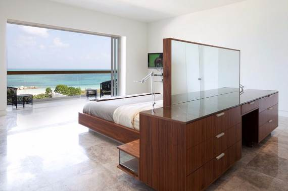 oceanfront-residence-evoking-fortress-like-grandeur-bella-vita-villa-29