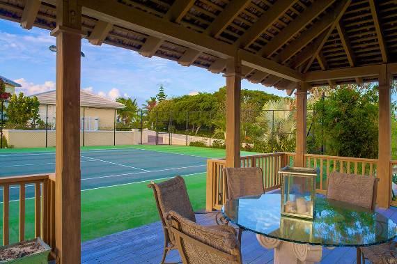 opulent-holiday-retreat-overlooking-the-caribbean-stargazer-villa-turks-and-caicos-islands-9