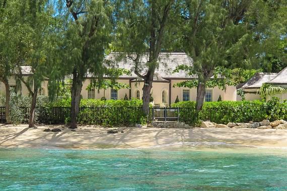 pink-cottage-exclusive-beachfront-garden-villa-rental-in-barbados-6