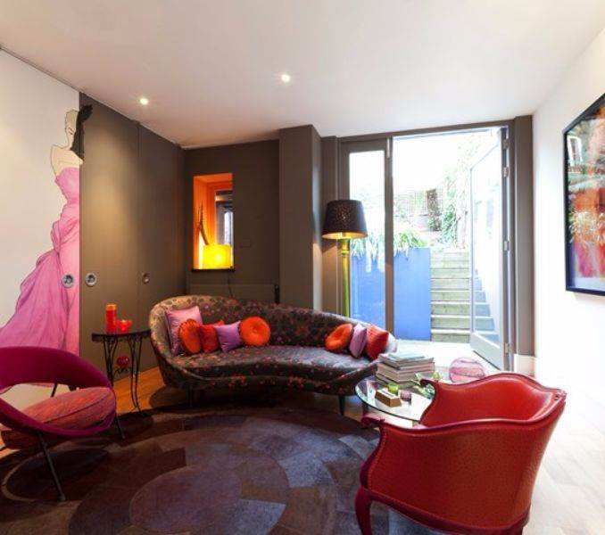 pink-lady-family-home-in-shalcomb-street-london-sw10-14