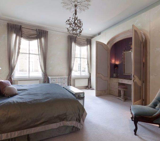pink-lady-family-home-in-shalcomb-street-london-sw10-4