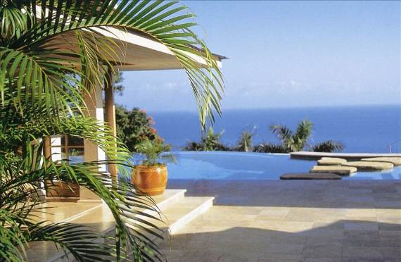 silent-waters-private-luxury-villa-with-breathtaking-views-of-montego-bay-jamaica-15