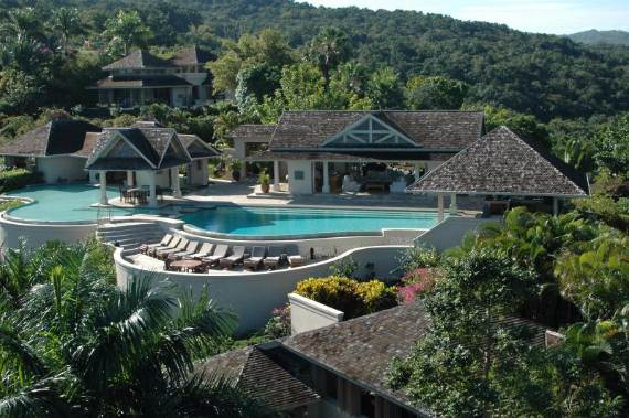 silent-waters-private-luxury-villa-with-breathtaking-views-of-montego-bay-jamaica-35