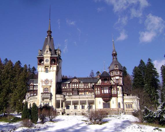 spectacular-peles-castle-in-romania-15