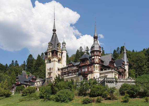 spectacular-peles-castle-in-romania-31