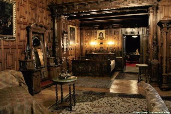 spectacular-peles-castle-in-romania-46