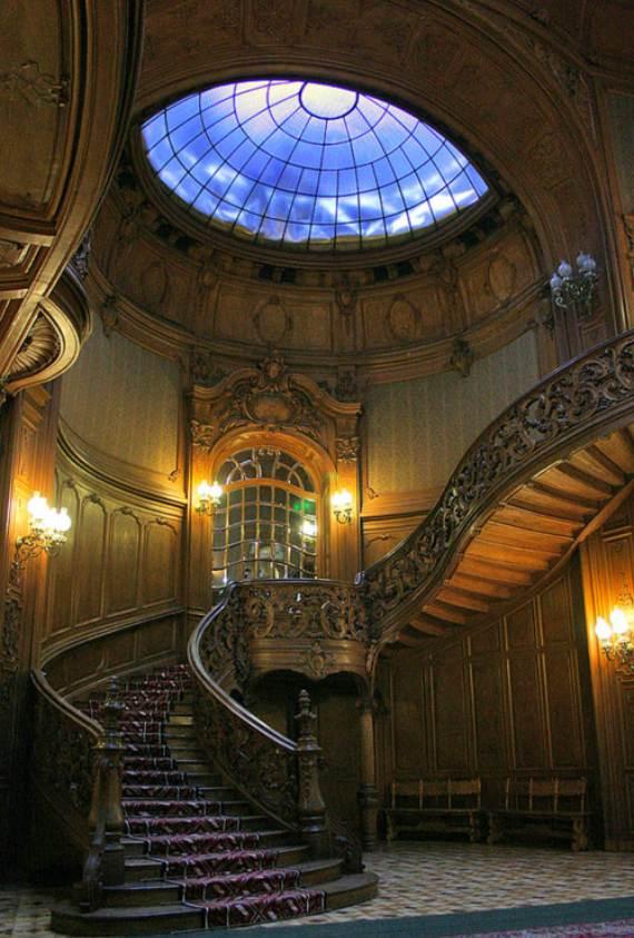 spectacular-peles-castle-in-romania-94